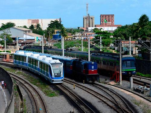 Metrô opera somente nos horários de pico no dia da greve geral