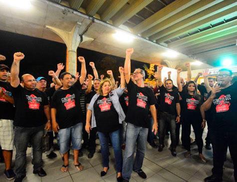 Metroviários do Recife em assembleia / Foto: Paulo Almeida/Folha de Pernambuco